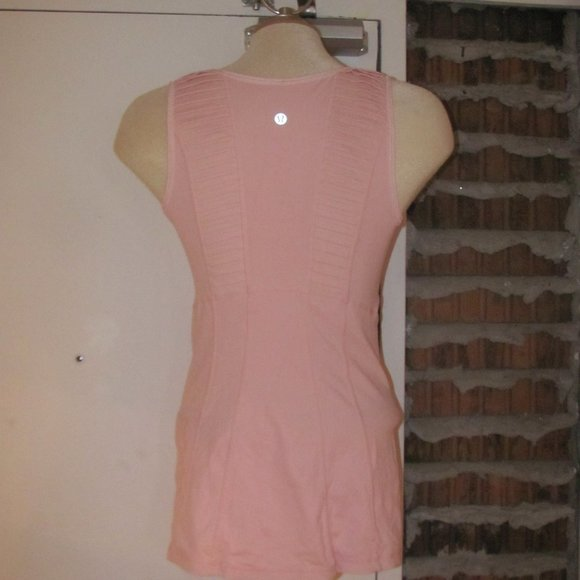 Lululemon Stay On Course Pale Pink Tank Top Size 6